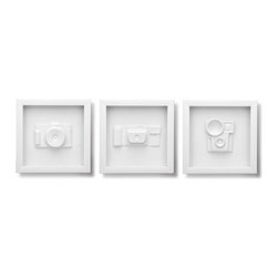 Camera Shadowboxes - As a shutterbug myself, I have a love for old cameras. And these retro camera molds are a must-have for anyone with a taste for nostalgia. Molded in white and framed in shadow boxes, they will go with any décor.