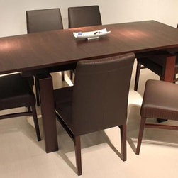 Extendable Wooden Five Piece Designer Dinette Set - Wooden extendable dining set 318. This Dinette Set offers a perfect touch for your modern home decor.