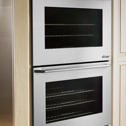"""Dacor Discovery iQ 30"""" Double Wall Oven - With another industry first, Dacor's Discovery iQTM  Wall Oven blends technology and performance to deliver a unique cooking experience. The integrated and intuitive Android™ interface provides home chefs with access to the proprietary Dacor iQ Cooking App. Now even novice chefs can perform at expert levels with a simple swipe of a finger. Easy to use control features such as Guided Cooking, Quick Start and My Modes ensure that favorite dishes are conveniently cooked to perfection."""