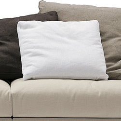 Poliform - Poliform Dune Pillows - Pillows of feathers with cotton inner lining. Manufactured by Poliform in Italy. Price includes delivery to the USA.Designed in 2008.