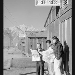 Buyenlarge - Manzanar Free Press 20x30 poster - Series: Classic Photography