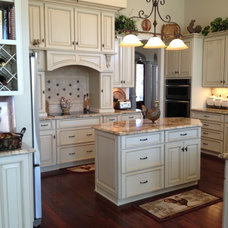 Traditional  by Elite Kitchen and Bath