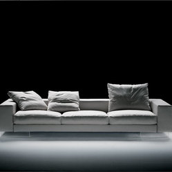Flexform Lightpiece Sofa