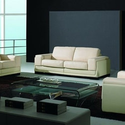 The Bergh Leather Sofa Set 7762 - This three pieced, Italian Leather sofa set features extra padded seating to complement its modern styling.