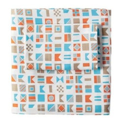 Serena & Lily - Nautical Flag Sheet Set - Spotted on the ships right outside our Sausalito studio, these authentic maritime designs are Serena 's latest design obsession. A clever twist on blue and white nautical, they add a fun, graphic layer to the bed. We love the modern pops of orange and aqua. (Design tip: Coordinates beautifully with our Color Frame and Cabin Quilt collections.)