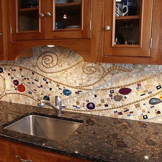 10 Wonderful Mosaic Kitchen Backsplashes