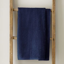 Garnet Hill - Garnet Hill Signature 600-Bath Mat - Sailor Blue - These thirsty bath towels are made of the finest long-staple Egyptian cotton. The extra-thick 600-gram cotton terry has long loops that are specially finished to provide maximum absorbency. Double-stitched hems for durability. Generously sized, these towels are made in Turkey exclusively for Garnet Hill. Bath mat is 800-gram terry. Monogramming is available.
