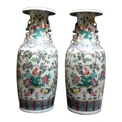 Golden Lotus - Pair Chinese Porcelain Multi Color Rooster Flowers Tall Vases - This is a pair of turquoise green and pink theme color tall porcelain vase with roosters, flowers and peach graphic around the body. It is good as a Fengshui and accent decorative piece.