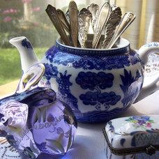 Traditional Kitchen Thrift Shop Teapot