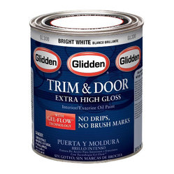 Glidden No Drip Paint - I see your red door and I want to paint it black! The hottest DIY project is to paint all your doors, inside and out, black. This is a new no-drip paint that makes the job so much easier.