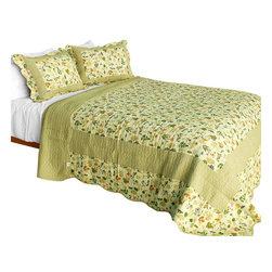 Blancho Bedding - Fantasia Original Cotton 3PC Vermicelli-Quilted Patchwork Quilt Set Full/Queen - Set includes a quilt and two quilted shams (one in twin set). Shell and fill are 100% cotton. For convenience, all bedding components are machine washable on cold in the gentle cycle and can be dried on low heat and will last you years. Intricate vermicelli quilting provides a rich surface texture. This vermicelli-quilted quilt set will refresh your bedroom decor instantly, create a cozy and inviting atmosphere and is sure to transform the look of your bedroom or guest room. Dimensions: Full/Queen quilt: 90 inches x 98 inches  Standard sham: 20 inches x 26 inches.