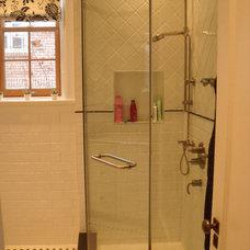 Traditional Bathroom by Studio NOO Design