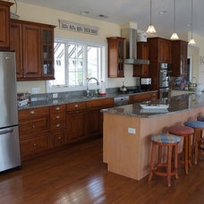Traditional Kitchen by Lane Builders LLC