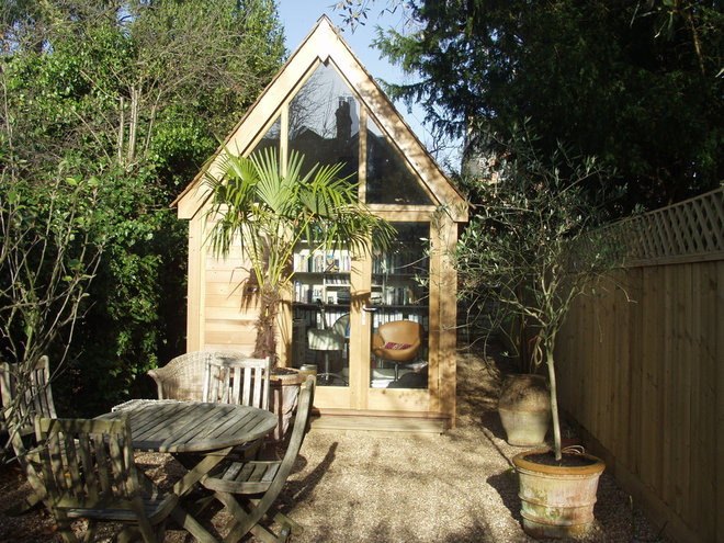Traditional Garage And Shed by Britannia Joinery