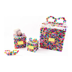 Freddy Dico - 3D Present Box (Coinbank) - This multi-color-beaded work of art makes a fun, whimsical gift for any festivity. With its replaceable 'gift bow,' this magical box also serves as a coinbank.