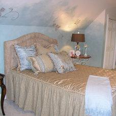 Traditional Bedroom by Lisa Davenport Designs