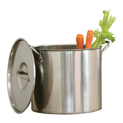 Cookpro - Stainless Steel Stockpots - Stockpots are a necessity for any well-appointed kitchen. This stainless steel stockpot set includes three stockpot sizes to accommodate whatever's on your menu.