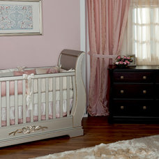 Cribs by Romina Furniture
