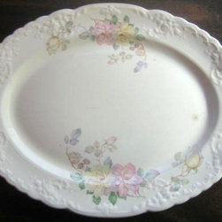 Shabby Cottage Chic Decorative Dishes and Plates - www.DecorativeDishes.net