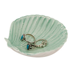 Enchante Accessories Inc - Sea Shell Ring Holder (Green) - Resin Engagement Ring holder