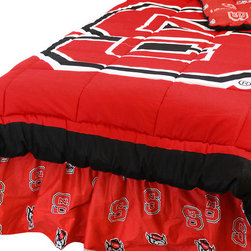 College Covers - NCAA North Carolina State Queen Comforter Set Cotton Bedding - Features: