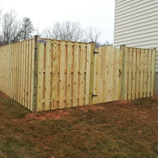 Modern Fencing by Beitzell Fence