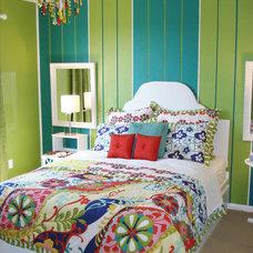 RMS_nesting-striped-teen-bedroom_s3x4_lg.jpg