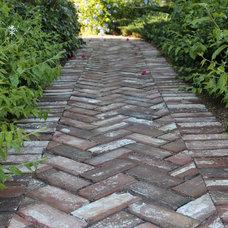 by Old Carolina(R) Handmade Brick Co