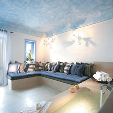 Family Room by Mykonos Blu
