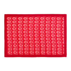 Strawberry Fields Placemat - Although the beauty of nature is impossible to replicate, you can enjoy its diverse reflections with your family and friends in this tabletop collection. Bright and luscious berry hues evoke the sweet juiciness of summer fruit. Made from 100 percent cotton, this handwoven, reversible placemat helps create the perfect setting for afternoon picnics or ice-cold lemonade on the porch. Sold individually.
