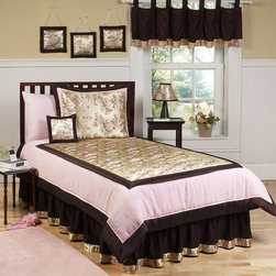 Abby Rose Bedding Set - This pink, brown and bronze bedding set is stunning.