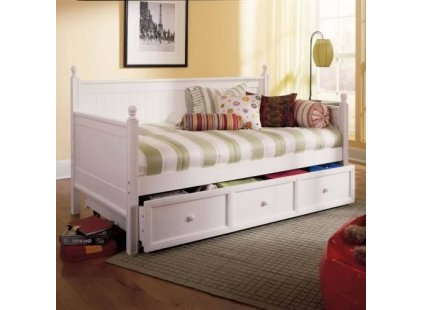 Traditional Daybeds by daybeds.com