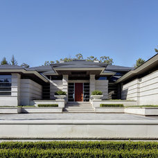 Contemporary Exterior by DesRosiers Architects