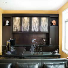 Modern Home Office by Kristin Petro Interiors, Inc.