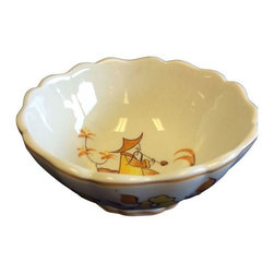 Used Vintage Mottahetah Bowl With Chinoiserie Detail - A vintage hand painted  Mottahedeh bowl with calloped edges with Chinoiserie details. The bowl has yellow painted details - hand made in the Italian factory. It is perfect for a candy dish bowl or a catch all bowl for your desk!