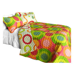 Blancho Bedding - Colorful Doughnut Cotton 3PC Vermicelli-Quilted Patchwork Quilt Set Full/Queen - The [Colorful Doughnut] Quilt Set (Full/Queen Size) includes a quilt and two quilted shams. This pretty quilt set is handmade and some quilting may be slightly curved. The pretty handmade quilt set make a stunning and warm gift for you and a loved one! For convenience, all bedding components are machine washable on cold in the gentle cycle and can be dried on low heat and will last for years. Intricate vermicelli quilting provides a rich surface texture. This vermicelli-quilted quilt set will refresh your bedroom decor instantly, create a cozy and inviting atmosphere and is sure to transform the look of your bedroom or guest room. (Dimensions: Full/Queen quilt: 90.5 inches x 90.5 inches Standard sham: 24 inches x 33.8 inches)