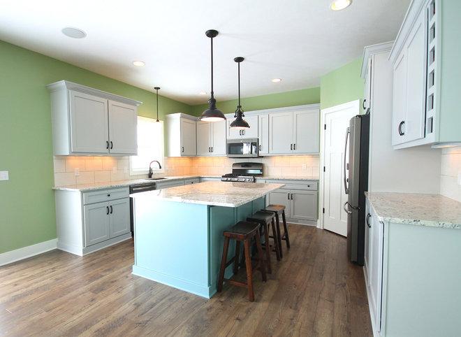 Beach Style Kitchen by CVI Design - Carly Visser