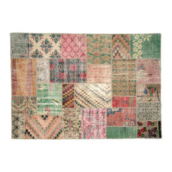 Patchwork - Hand-sewn patchwork rug using overdyed pieces of vintage Turkish carpets. The perfect complement for a modern interior.