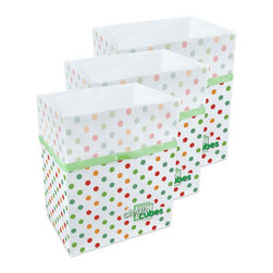 Clean Cubes - Clean Cubes Disposable Bin - 6-Pack Polka Dot Pattern - Clean Cubes are attractive, disposable trash and recycle bins. Their dual-purpose design is comprised of a durable paper bin lined with a leak-resistant plastic trash bag. Clean Cubes make recycling and trash disposal a snap - just pop it open, then fill it with recyclables or trash. When the Clean Cube is full, lift and tighten the drawstring on the plastic bag and dispose of the entire Clean Cube! Clean Cubes provide additional recycling or trash space wherever and whenever you need it. Don't you hate it when guests are over and you run out of trash space? Just pop open another Clean Cube and you have an instant extra recycling bin or trash can. Having a cookout and don't have outdoor trash receptacles? Whether for parties, picnics, camping, boats, trade shows, or any number of uses, Clean Cubes are a great solution anytime you could use instant trash or recycling bins. Clean Cubes and all of its components are biodegradable.