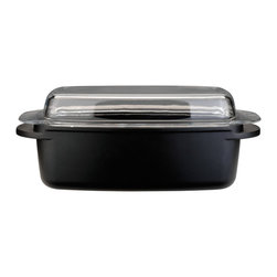 "Berghoff - Berghoff Cast Covered Roasting Pan 12.5"" - 5.7 Qt/12.5"" covered roasting pan. Body is made of cast aluminum for fast and even heat distribution. Paired with a ceramic non-stick coating, this cookware makes preparing your favorite dishes a breeze."