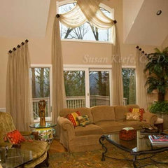 traditional living room by Decorating Den Interiors - Mahwah &amp; Ramsey NJ