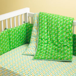 How About Them Apples Crib Bedding - This seasonal crib bedding is so classic and neutral for a boy or girl.