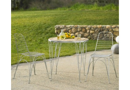 Contemporary Outdoor Pub And Bistro Sets by VivaTerra