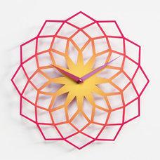 Contemporary Clocks by Progetti