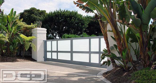 Modern driveway gates