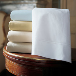 Frontgate - Virtuoso Sateen Flat Sheet - 600 thread count. 100% Egyptian cotton. Machine washable. Read about The Peacock Alley Story. Luxuriously soft and smooth, the Virtuoso Sateen Sheets by Peacock Alley is an impeccable choice for your master suite or for pampering overnight guests. These exquisite, cotton sateen sheets are embellished with a double hemstitch. . . .  . Made in Italy.