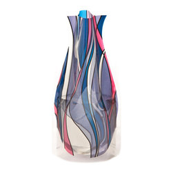 Modgy - Myvaz Expandable Flower Vase Reedo - Myvaz expandable flower vases do everything a glass vase does except collect dust, chip or break. Available in a variety of designs, myvaz expandable vases are durable and stable enough to hold a flower bouquet. These decorative vases expand with water and are ideal for events, weddings, and any table top. myvaz plastic vases are collapsible and economical, making it easy to keep a variety of colors and patterns tucked away for any occasion.