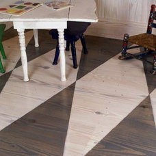 Traditional Kids by Authentic Pine Floors, Inc.