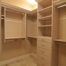 Craftsman Closet by Decor Studio 1