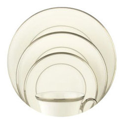 Lenox - Lenox Solitaire White 5-Piece Place Setting - Lenox Solitaire White 5-Piece Place Setting